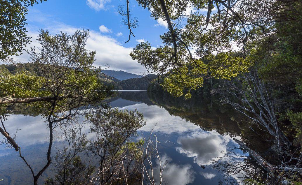 Historickou lodí po jezeře Te Anau