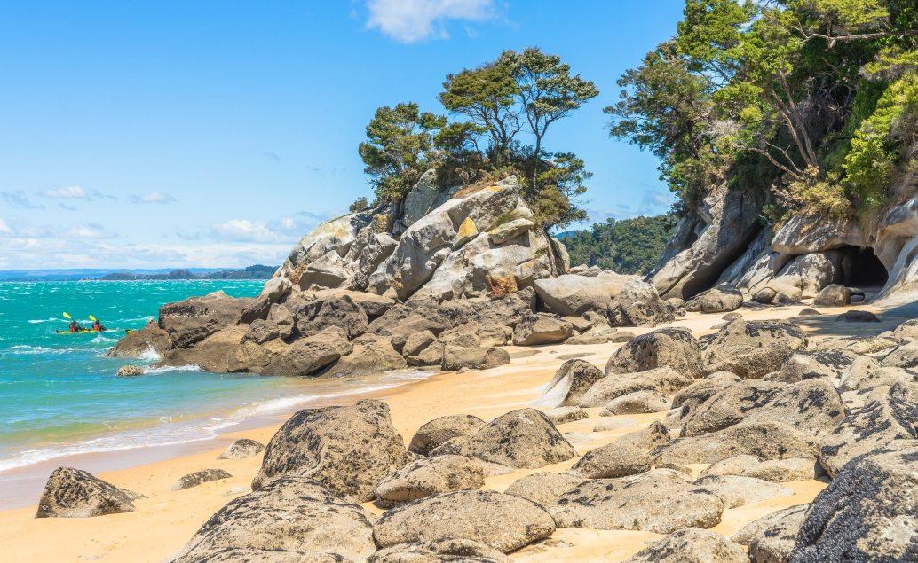 Kajakem po Národním parku Abel Tasman