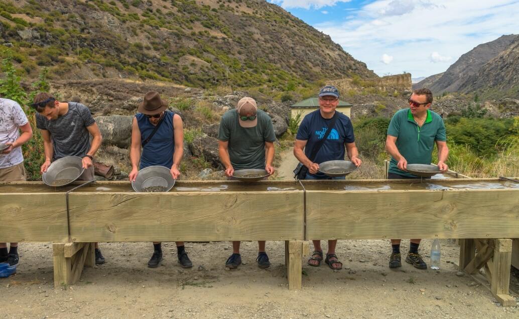 Nový Zéland aktivně pro mladé rýžování zlata
